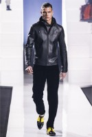 Dirk_Bikkembergs_fall_winter_2013_2014_37