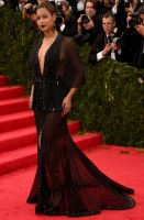 beyonce knowles - givenchy couture (gioielli lorraine schwartz)