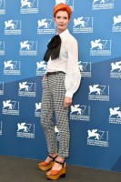 sandy powell - michael kors pre-fall 2014