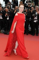 julianne-moore-givenchy-couture-gioielli-chopard